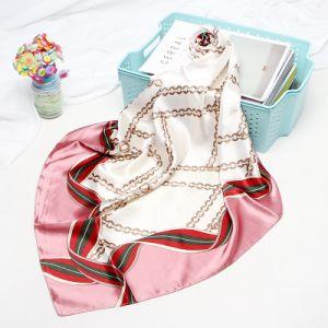 La moda Venta caliente señoras pequeño cuadrado de satén Pañuelo de seda de impresión personalizado