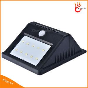 特別に長い延長コードが付いている屋内太陽ホームライト10 LED太陽PIR動きセンサーの機密保護ライト屋外ライト