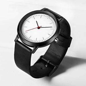 Les hommes d'affaires simple mouvement à quartz watch étanche en Chine OEM