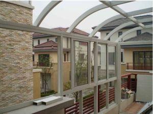 La stanza di alluminio di luce solare del giardino fa della finestra di scivolamento