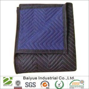 Синий и черный не из ткани при перемещении одеяло на мебель автору