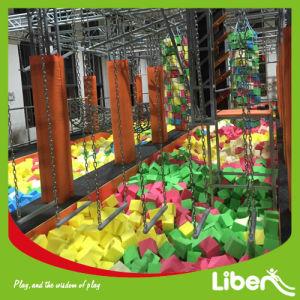Parque interior livre Jumping trampolim com barras de suspensão&Warrors Ninja