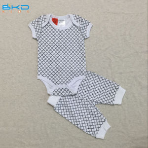 OEMの赤ん坊のスーツを身に着けているすべての印刷の赤ん坊