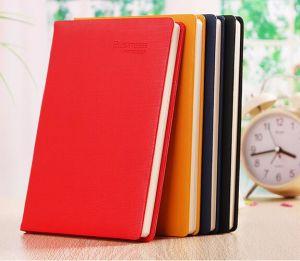 Notebook de couro colorida com logótipo em relevo