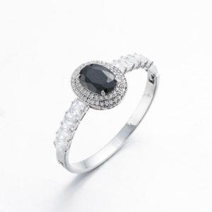 De klassieke Zilveren Armband van het Koper van het Kristal van de Saffier