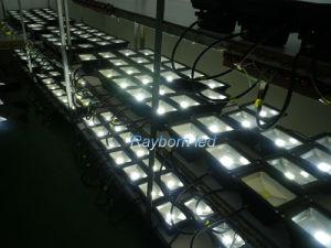 Una muestra gratis de alta potencia 20W proyector LED impermeable al aire libre 110-220 V