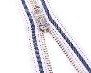 빛나는 Color Teeth를 가진 금속 Zipper 및 Color Matching Tape 또는 Top Quality