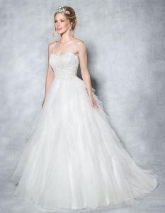 Überlagertes Tulle-Ballkleid-Hochzeits-Kleid mit Iilusion Rückseite und Tasten