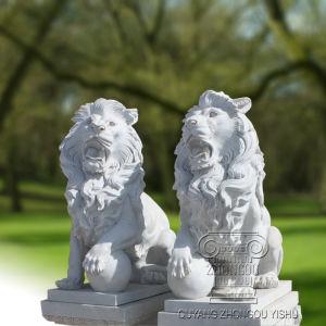 een beeldhouwwerk van het Standbeeld van de Leeuw van het Paar Marmeren, Dierlijk Beeldhouwwerk