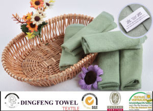 Bathのための熱いSelling Solid Color Satin Series Plain Weaving 100%年のBamboo Towels