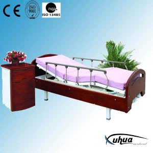 Zwei Kurbel-manuelles hölzernes Hauptsorgfalt-Krankenpflege-Bett (XH-9)