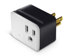Cargador de pared USB de alta calidad con toma de corriente con la función de soporte móvil