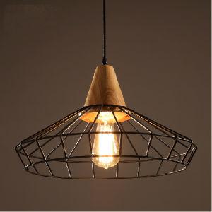 Luz de suspensão de metal antigo exterior especial com madeira para restaurante