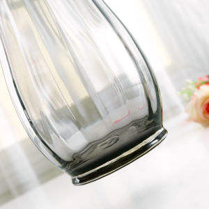 手によって吹かれる芸術の円形の顔料カラー広い口ガラスのつぼ