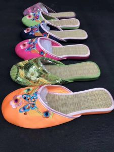 Pour les femmes de la personnalité des sandales, les femmes/Dame pantoufles, de la mode des sandales/pantoufles