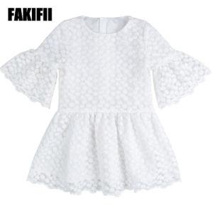 6475e99e5ca8a جديد تصميم بيع بالجملة جدي لباس نمو أطفال مظهر بنت بيضاء تطريز شبكة ثوب  طفلة فصل صيف ملابس