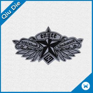 Las tropas de la forma de ala personalizado insignia tejida para unificar