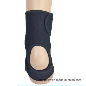 Funzionare/che si arrampica/sport di pallacanestro all'aperto che impedicono la protezione della caviglia di distorsione