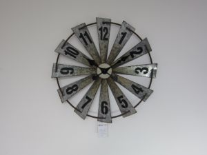 Gran molino de viento de metal galvanizado Retro reloj para la decoración del hogar