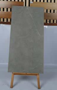 Tegel van de Vloer van het Porselein van de Bouwmaterialen van China Foshan De Volledige Lichaam Verglaasde (600*1200mm)