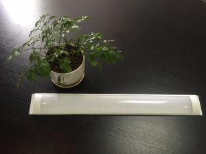 El polvo compacto tubo fluorescente LED