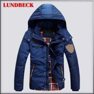 Rivestimento degli uomini di modo in cappotto di inverno di colore solido