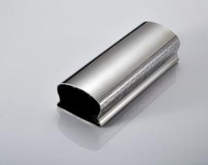 Tailles de tubes en acier fleur conçu en relief le tuyau de luxueux rambarde