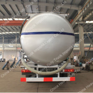 輸送のためのHOWO 6X4の粉の大きさのセメントタンクトラック