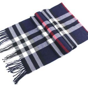 柔らかく標準的なカシミヤ織の感じの格子縞は人のスカーフの覆いの製造者を点検した