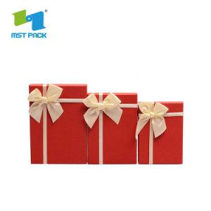 리본을%s 가진 포장 주문 초콜렛 선물 상자를 인쇄하는 상표