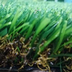 Erba sintetica del tappeto erboso di plastica verde chiaro per la decorazione del giardino