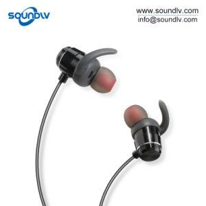 中国の移動式スポーツのステレオの無線電信OEM Bluetoothの耳のイヤホーン