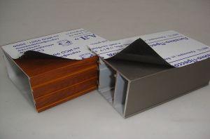 Surface de 50 microns de PE Film protecteur pour profilés en aluminium