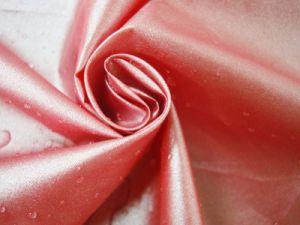 Imperméable en polyester tissé enduit PU taffetas de nylon stretch imperméable pour tente///vêtement/veste parapluie