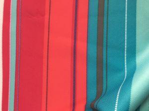 100% tecido Gabardine Impressão de poliéster com revestimento de PU para casacos