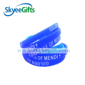 Braccialetto personalizzato del silicone con il marchio