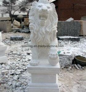 De hoog-oppoetst Hand sneed het Openlucht Witte Marmeren Dierlijke Standbeeld van de Leeuw