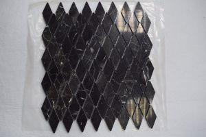 Shap irregular Emperador Oscuro / Escala de peces de mosaico Mosaico de diamantes para suelos