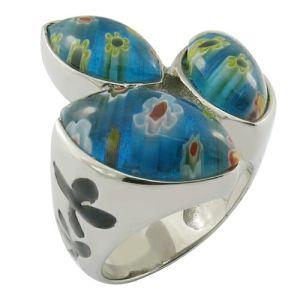 トルコ石の楕円形の石造りの鋼鉄はリングの性の特質を奪う