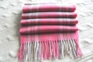 Cachecol de lã de cachemira com cheques