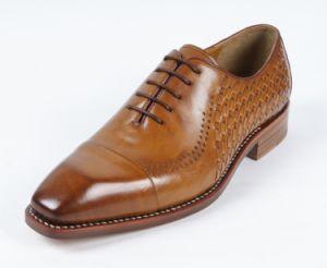 Nuevo diseño de los hombres zapatos marrón plana