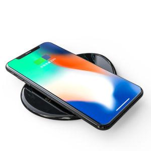 Producto nuevo cargador inalámbrico estándar Qi elástico 10W Una carga rápida para el iPhone para Android Teléfono móvil