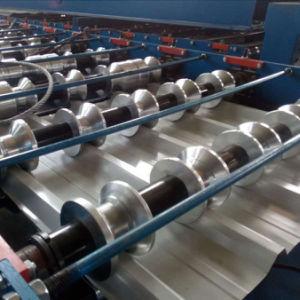 La tôle en acier Fer machine de formage de tuiles du toit