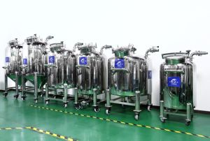 Strati sanitari del serbatoio dell'acciaio inossidabile di alta qualità tre con il riscaldamento