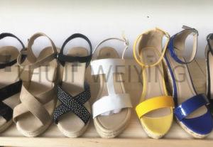 Mode de vente chaude Mesdames Sandales plates