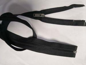 Normale Nylon Ritssluiting met de de Zwarte Band van de Kleur/Trekker van het Metaal en Hoogste Kwaliteit