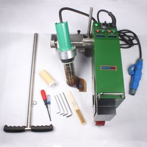 Máquina de soldar plásticos utilizados para impermeabilización de cubiertas impermeables