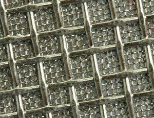 La laminación de malla metálica sinterizada poroso