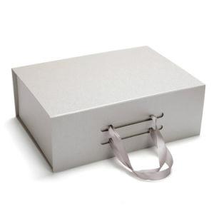 La caja de regalo papel de lujo en la fabricación de cuadro de mango hecho