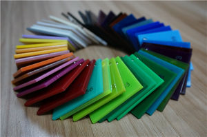 1.8-50mm Plexiglass PMMA Hoja de acrílico colado en las ventas de PVC con aristas o bordes sin PVC